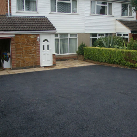 Tarmac Driveways Manchester by JP Surfacing